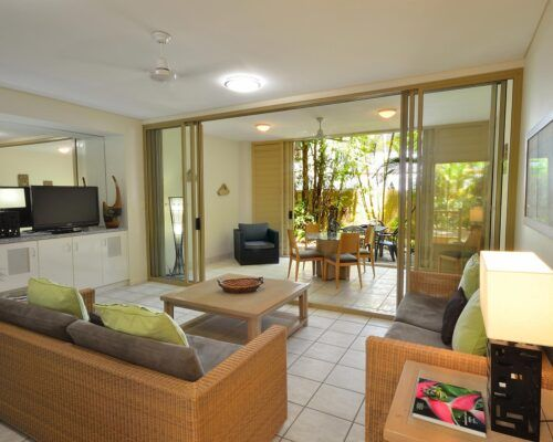 queensland-port-douglas-2-bedroom-accommodation (3)
